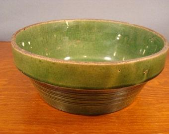 NICE vintage green pottery baking dish
