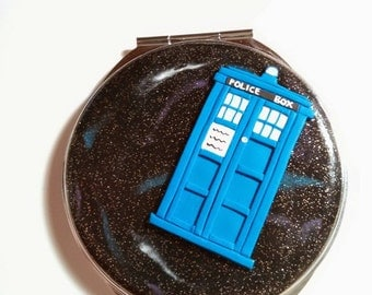 SALE Doctor Who Inspired Compact Mirror