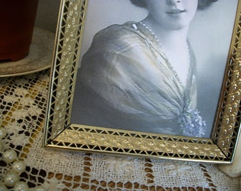 Vintage 5 x 7  Picture Frame Metal Gold, 1950's 1960's Hollywood Regency Style Art Deco Tabletop Frame with Easel Back