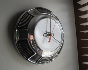 1968-69 Chevy Biscayne Hubcap Clock no.2513