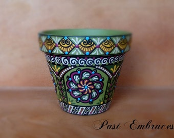Pysanka Designs Pottery 4 inches