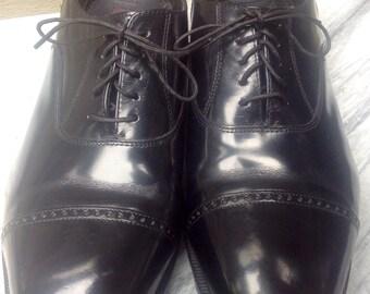 Sz 10 1/2 FLORSHEIM TOECAPS Black Leather Men's Shoes 10 wide