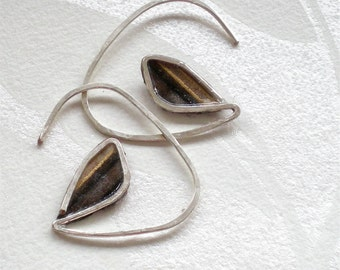 Fine Silver hammered earrings with Washi paper leaf