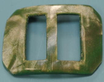 Vintage 1940s marbled green plastic buckle for your sewing prodject