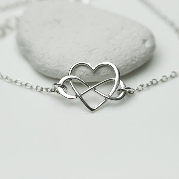 infinity heart bracelet in sterling silver friendship. Black Bedroom Furniture Sets. Home Design Ideas
