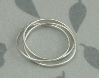 14K White Gold Super Skinny Minnie Plain Jane Rolling Ring--Russian Wedding Band--Interlocked White Gold Rolling Ring