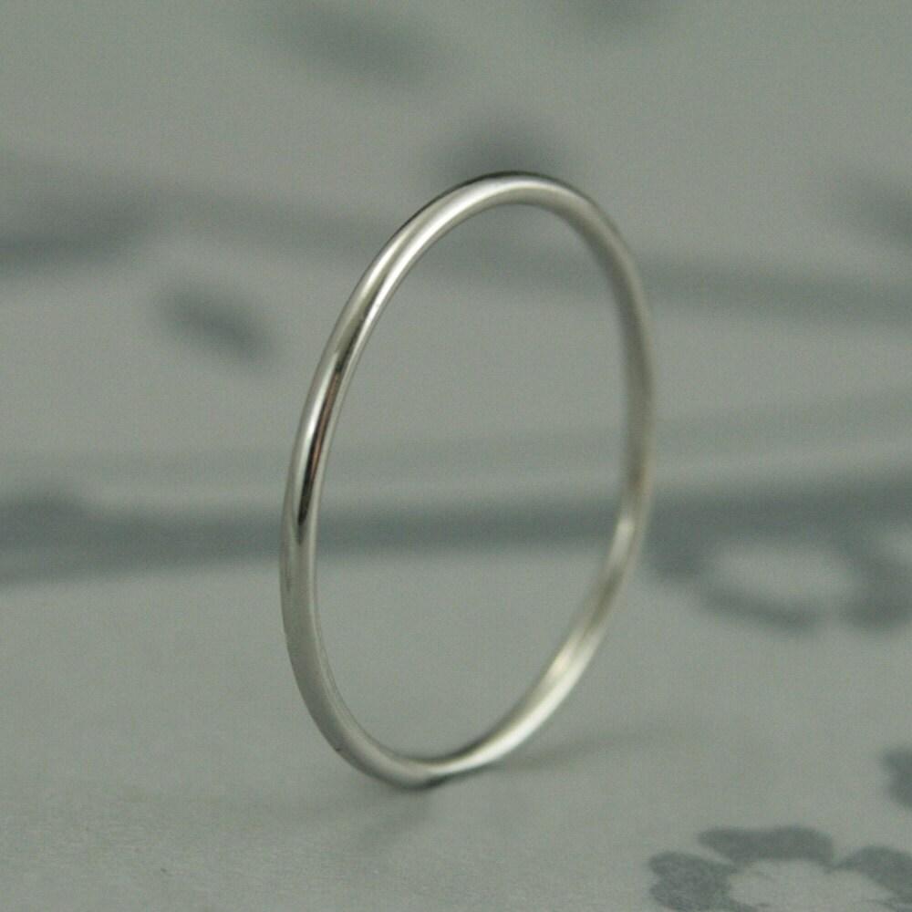 slim rings wedding ring spacer Just like Mila Kunis Ring Thin Platinum Band Platinum Roll me Round Band Solid Platinum 1mm Full Round Band Thin Platinum Band