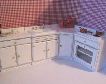 Dollhouse kitchen,miniature kitchen, white kitchen,  twelfth  scale. hand painted,  dollshouse miniature