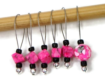 Knitting Stitch Markers Beaded Hot Pink Black Snagless Snag Free Knitting Markers