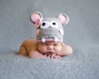 Ready to SHip...SALE....Baby Hippo..Baby Hat...BAby Hat...Hippo hat..Newborn photography prop..... PerfectlY AdoRABLE Baby HaT