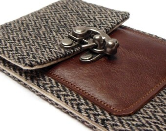 iPhone 5 / 6 / 6 Plus wallet - gray herringbone and brown leather