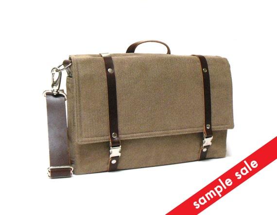 """Ultimate 11"""" MacBook Air messenger bag - light brown herringbone"""