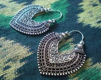 Tribal Filigree Heart Ethnic Gypsy Earrings Silver Tone Dangle Hoop Spiral Detail Funky Unique 20 18 gauge 1mm Standard Piercing