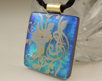 Fused Glass Flower Pendant - Dichroic Fused Glass Pendant - Fused Glass - Image Pendant - Dichroic Glass - Bouquet X7620