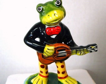 Frog Box, Toad Musician Box, Porcelain Frog Trinket Box, Painted, 1980s Guitar Player, Green Frog in a Suit, Faux Limoges Box, Hinged  Box