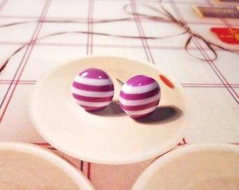SALE - Cross My Heart Earrings - Lavender