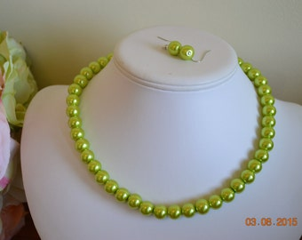 50 % off Lime Green 10mm Glass Pearl Beaded Necklace Set     Great for Bridesmaid Gifts