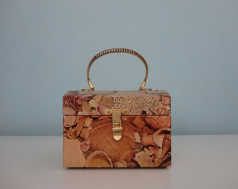 VINTAGE decoupaged seashell BOX PURSE
