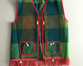 Vintage 1960s Children's Wool Vests - Plaid Green / Red Mexican Western Style Fringed - 24 inch chest -10.5 inch shoulder - 3 to 4 years