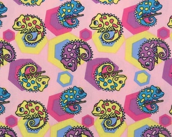 2512B -- Adorable Colored Anole Fabric in Pink, Lovely Chameleon Fabric, Cute Reptile with HexagonFabric