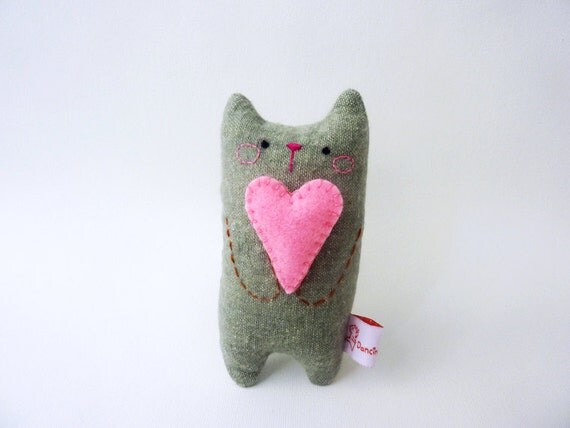 Miniature Cat with heart valentines cat doll