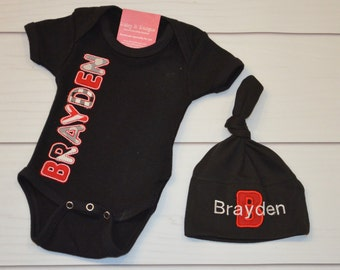Personalized Baby Name Bodysuit and Knot Hat - Choose your fabrics and colors - Appliqued and Embroidered Custom Baby Set