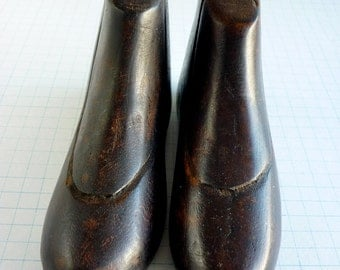 Boots wood Pencil Holder