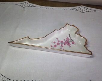 VA State Souvenir Ashtray Mid Century Mt Vernon State Shaped Virginia