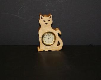 Kitty Cat  Wood Shelf Sitter Clock