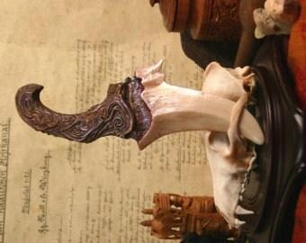 "Dragon Tooth Dagger ""Falkor"" - Copper"