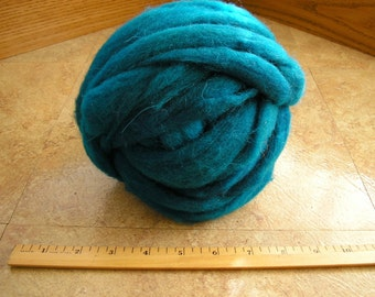 Teal Corriedale New Zealand Wool Roving for felting and spinning, 4.4 ounces