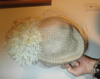 Formal Womens  Hat Gorgeous Large White Mum Vintage Jack McConnell Lady's Hat