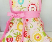 Kids apron, Personalized Girls Apron, Pretend Play Kitchen apron, child's  apron, girl's pink apron