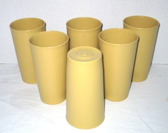 6 Vintage Tupperware Tumblers, Durable Drinking Glasses, Lifetime Guarantee, Shabby Cottage Chic, Retro, Gold, Plastic Unbreakable