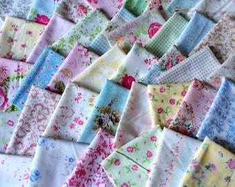 Designer Fabric SCRAP PACK in Floral in Pastel, 20 pieces