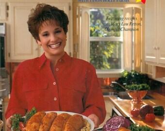 America's Cookin' Vintage Cookbook, Tyson Farms Chicken Cookbook, Spiral Bound, 1994
