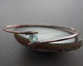 Copper bangle bracelet with aquamarine stone - Aquamarine bracelet - Copper bracelet - Bangle bracelet - Healing bracelet - BR004
