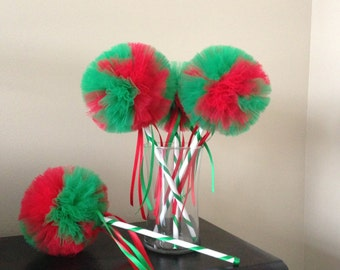 Christmas Decorations- Green and Red wands- Grinch party-, Christmas Party favors- Red and green wands- Tulle Wands- Christmas tulle wands