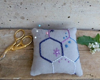 Embroidered pincushion with hexagons in grey and purple - recycled linen and cotton