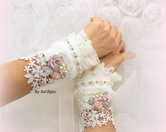 Lace Gloves, Vintage Style, Elegant Wedding, Gatsby, Bridal, Cuffs, Fingerless Gloves, Lace, Ivory, Rose, Blush, Pearls, Crystals
