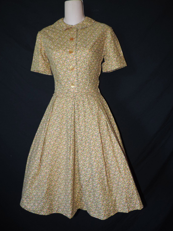 1950 S Floral Day Dress Yellow Flour Sack Print