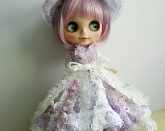 Blythe Dress, Vintage Inspired, Victorian Style, Lilac Little Flower Fabric, OOAK (5 pieces per set)