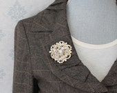 Vintage Juliana D&E Rhinestone and Clear Crystal AB Finished Beaded Gold Brooch