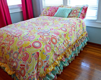 Twin Or Full Size Bedding In Kumari Garden Fabric Sanjay