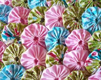30 Aqua, Pink and Green Mix  Yo Yo 2 Inch Quilt Block Trim Applique Embellishment Fabric Barrette Hair Clip
