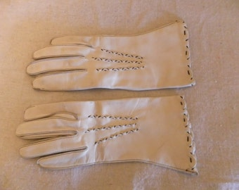 Vintage Gloves Deerskin Leather Ivory with Brown Stitching Size 6 1/2 Womens Ladies Accessories Winter