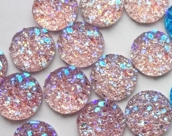 25pcs - 10mm - Rainbow - Light pink with Light purple AB sparkles - stardust  - resin - cabochons - different hues - Pretty sparkly