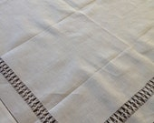 """HEMSTITCHED TABLECLOTH detailed white 30"""" sq"""