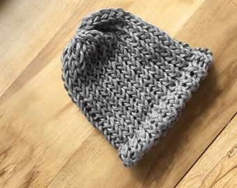 Organic cotton light grey baby hat