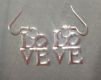 Philadelphia Love Statue 25mm Silver Plated NYC Charm Earrings